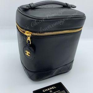 Chanel vintage black calfskin leather vanity
